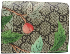 8c2687a7e966 Gucci Accessories - Up to 70% off at Tradesy (Page 4)