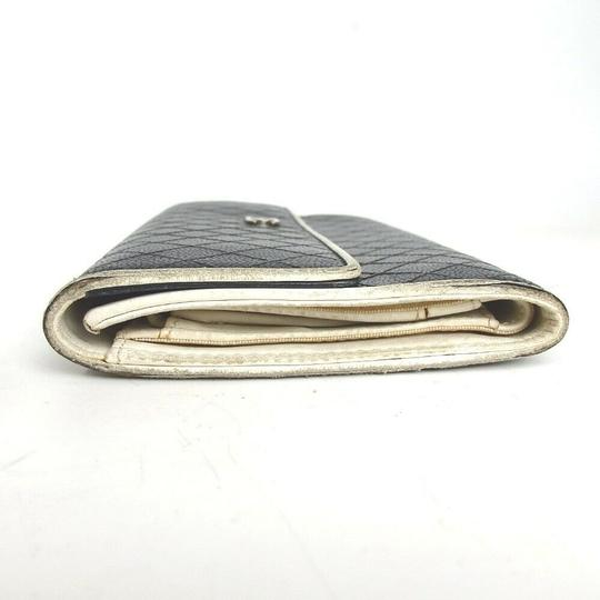 Chanel CHANEL Bicolore Quilted Matelasse CC Logo Long Bifold Wallets Image 2