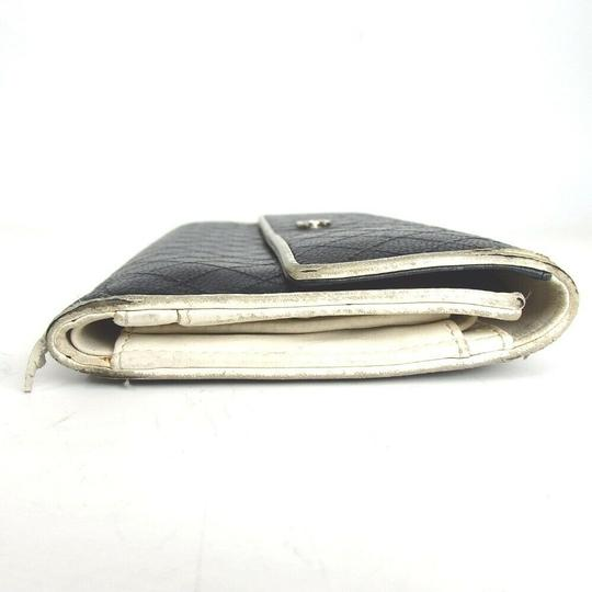 Chanel CHANEL Bicolore Quilted Matelasse CC Logo Long Bifold Wallets Image 3