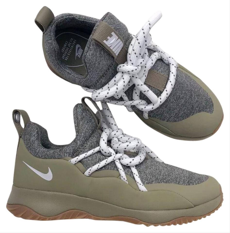 promo code f521f cdb7e Nike Green Women's City Loop Has Standout Style with It's Sock Fit and  Unique Lacing System. Sneakers Size US 9 Narrow (Aa, N) 29% off retail