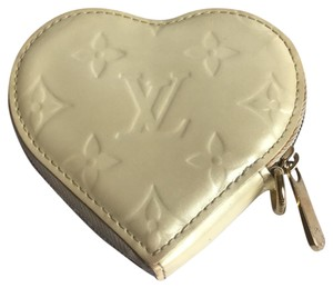 Louis Vuitton Wristlet in White Berni Blanc Monogram