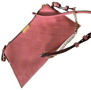2825ad079d Pink Leather Burberry Bags - 70% - 90% off at Tradesy