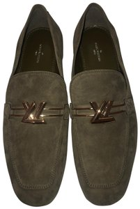 Louis Vuitton olive green Flats
