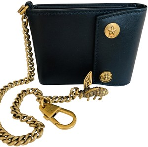 0e363b5dd7b4 Gucci GUCCI Unisex Smooth Black Leather Detachable Chain and Bee Wallet