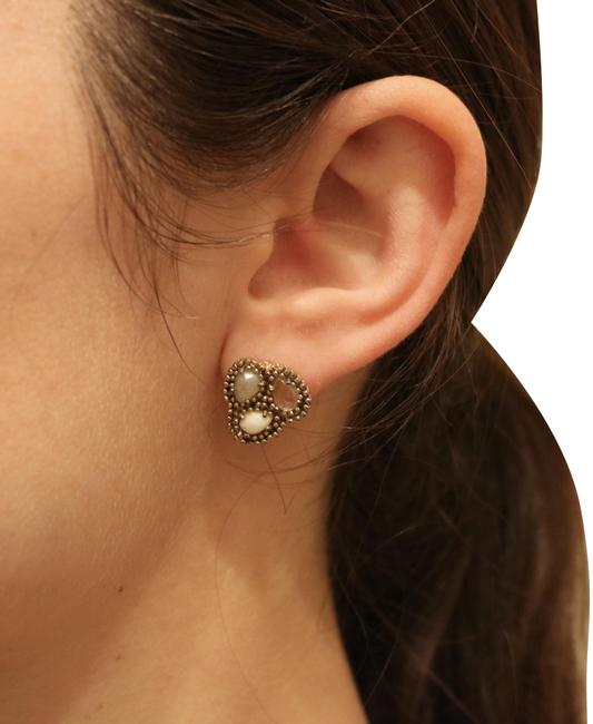 Item - White Gold Beige Brown Tan Gold/Multicolor Studs Earrings