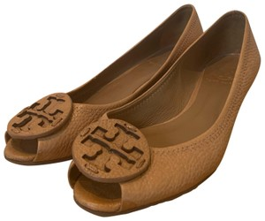 Tory Burch Tan/Light Brown Wedges