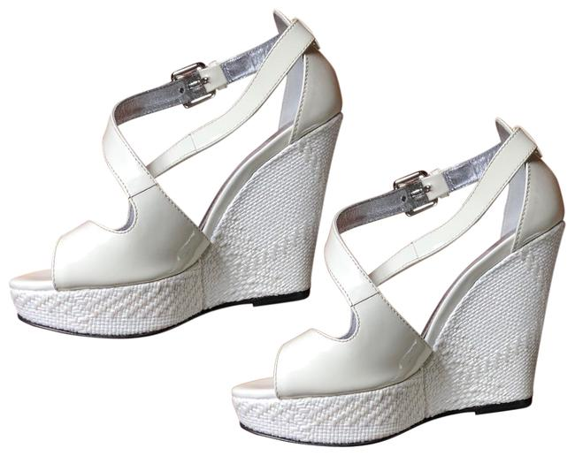 Item - White Leather Sandals Wedges Size EU 35.5 (Approx. US 5.5) Regular (M, B)