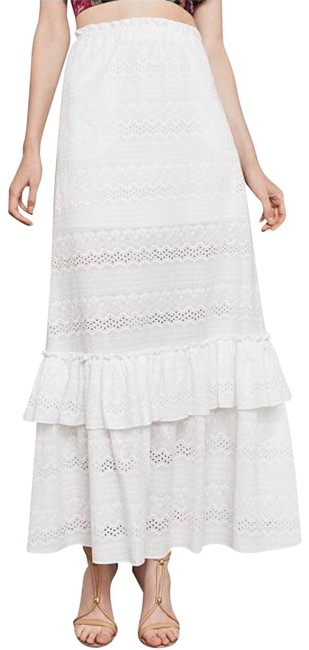 Item - White Embroidered Cotton Skirt Size 2 (XS, 26)