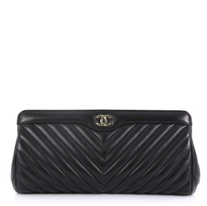 10013a26137c02 Chanel Clutches on Sale - Up to 70% off at Tradesy