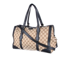 d713df10bcb5 Get Black Gucci Weekend & Travel Bags for 70% Off or Less at Tradesy