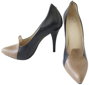Alexander McQueen Leather Black Taupe Pumps