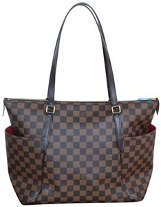 Louis Vuitton Vuittontotally Totally Totally Shoulder Bag