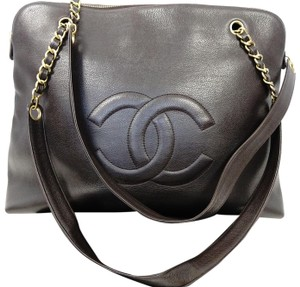 39f5b74df2b0 Chanel Crossbody Bags on Sale - Up to 70% off at Tradesy