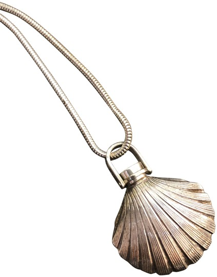 Preload https://img-static.tradesy.com/item/25402356/tiffany-and-co-vintage-silver-shell-shape-perfume-bottle-pendant-and-necklace-0-1-540-540.jpg