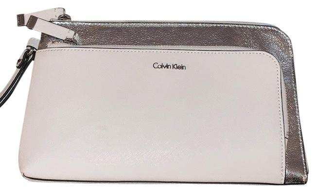 Item - White and Silver Leather Wristlet