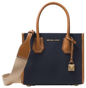 43f7176a8cab Michael Kors on Sale - Up to 80% off at Tradesy (Page 268)
