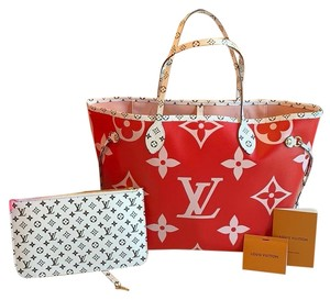 Louis Vuitton Tote in Red/Pink