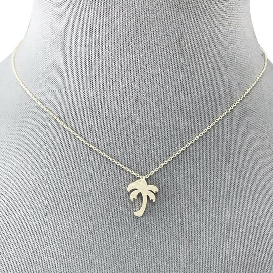 Preload https://img-static.tradesy.com/item/25403951/silver-classic-finished-palm-tree-pendant-necklace-0-1-540-540.jpg