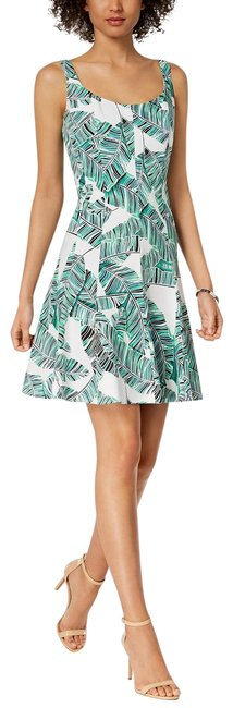 Preload https://img-static.tradesy.com/item/25403958/nine-west-green-floral-printed-fit-and-flare-mid-length-short-casual-dress-size-8-m-0-1-650-650.jpg
