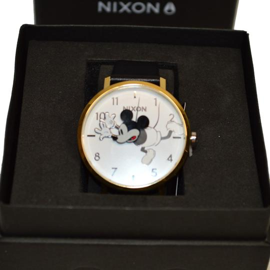 Preload https://img-static.tradesy.com/item/25404012/nixon-black-d-i-s-n-e-y-arrow-leather-mickey-mouse-a1091-3095-watch-0-1-540-540.jpg