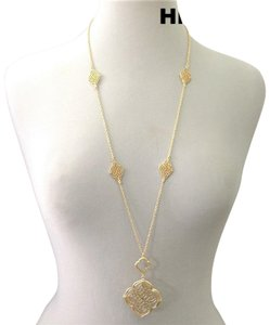 Generic Victorian Style Filigree Cut Pendant Gold Necklace