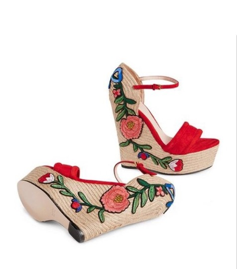 Gucci Wedges Image 4