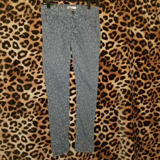 Preload https://item2.tradesy.com/images/so-gray-juniors-pants-size-2-xs-26-25404316-0-1.jpg?width=400&height=650