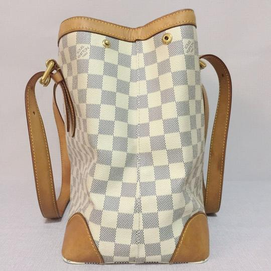 Louis Vuitton Lv Hampstead Hampstead Mm Damier Azur Canvas Hampstead Tote in White Image 3