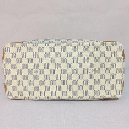 Louis Vuitton Lv Hampstead Hampstead Mm Damier Azur Canvas Hampstead Tote in White Image 4