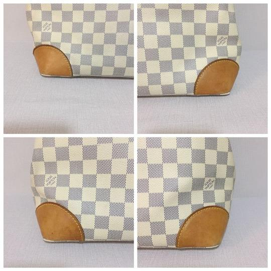 Louis Vuitton Lv Hampstead Hampstead Mm Damier Azur Canvas Hampstead Tote in White Image 5
