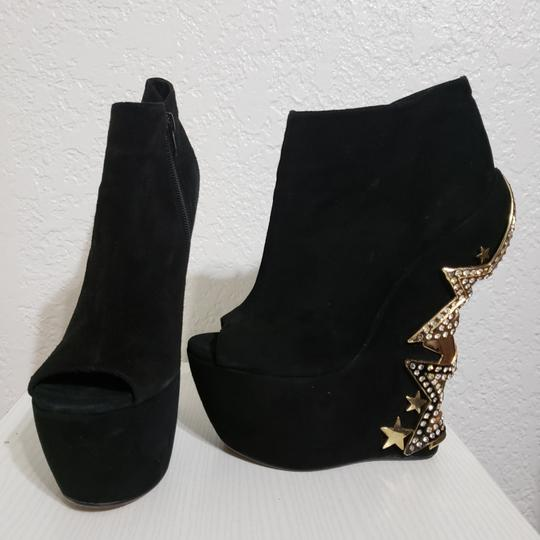 ZIGIny Black and Gold Wedges Image 1