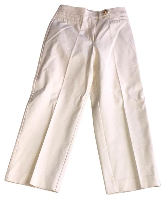 Item - Cream Cotton Blended Stretchable Capris Size 0 (XS, 25)
