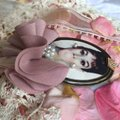 Other Audrey Hepburn Brooch Bubble Gum Crown Pearl Hair Pin Clip Queen Image 3