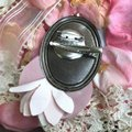 Other Audrey Hepburn Brooch Bubble Gum Crown Pearl Hair Pin Clip Queen Image 4
