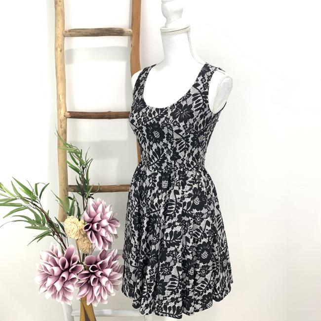 Dolce&Gabbana Cotton Floral Lace Sleeveless Fitted Bodice Dress Image 1