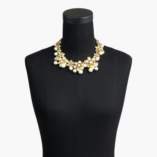 J.Crew J Crew Pearl and crystal floral statement necklace new Image 5