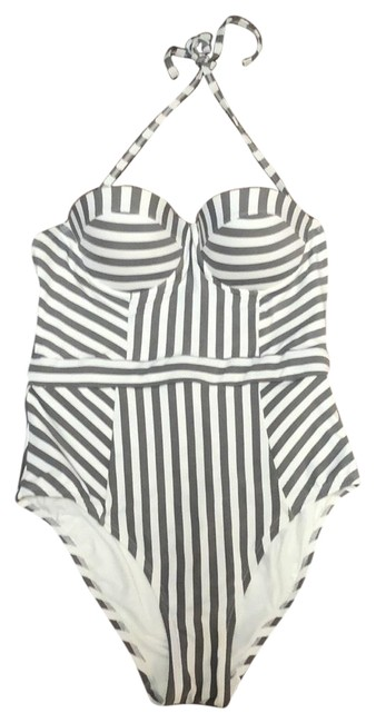 Item - Grey and White One-piece Bathing Suit Size 8 (M)
