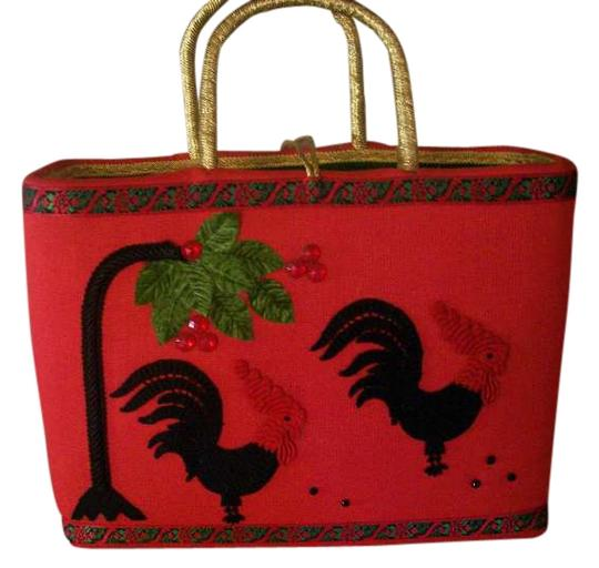 Preload https://item4.tradesy.com/images/christmas-red-knit-tote-254063-0-0.jpg?width=440&height=440