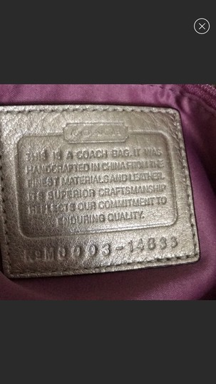 Coach Tote in gold Image 3