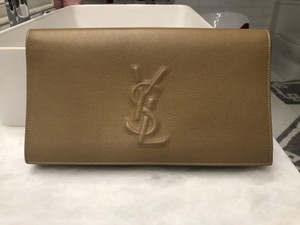 Saint Laurent Leather Leather Leather Beige / Nude Clutch