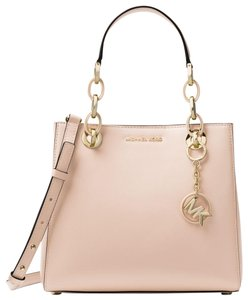 27f9a7db7e67 Pink Michael Kors Satchels - Over 70% off at Tradesy (Page 2)