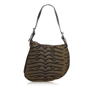 78e78f5bd26d Fendi Bags on Sale - Up to 70% off at Tradesy (Page 2)