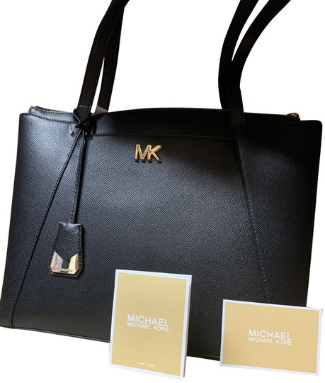 Preload https://img-static.tradesy.com/item/25409607/michael-kors-maddie-medium-black-leather-tote-0-1-540-540.jpg