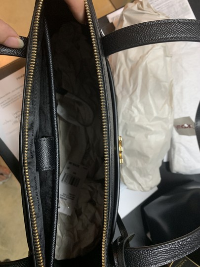 Michael Kors Tote in Black Image 6
