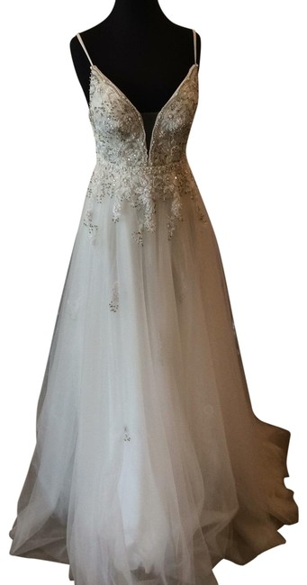 Item - Off White 66121a Long Formal Dress Size 8 (M)