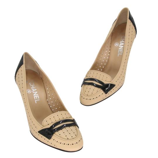 Preload https://img-static.tradesy.com/item/25411717/chanel-beige-black-patent-leather-cc-perforated-loafer-moccasin-365-pumps-size-us-55-regular-m-b-0-2-540-540.jpg