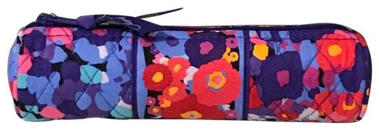 Preload https://img-static.tradesy.com/item/25411972/vera-bradley-impressionista-on-a-roll-case-cosmetic-bag-0-1-540-540.jpg
