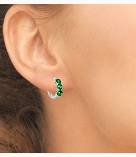 Other THREE STONE ROUND EMERALD GREEN FILIGREE HUGGIE EARRINGS Image 4