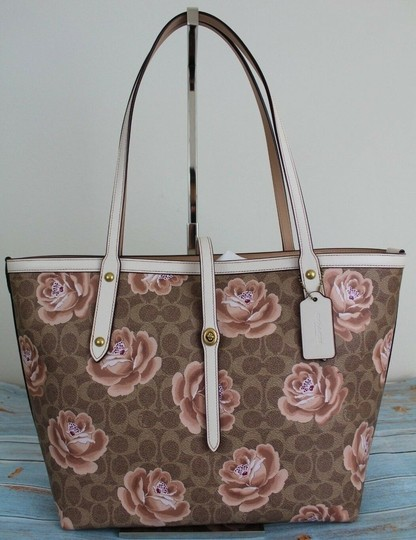 Coach Tote in Tan Chalk/Gold Image 4