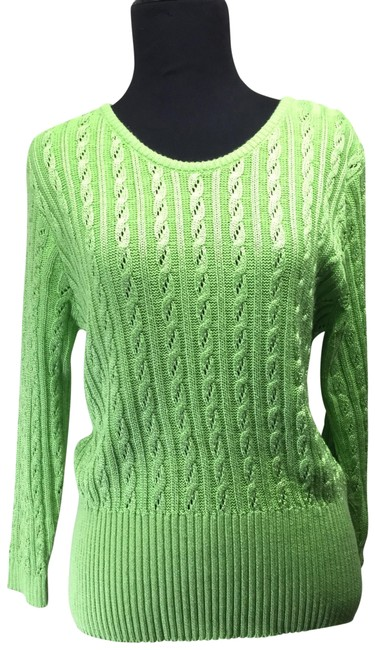 Preload https://img-static.tradesy.com/item/25412236/vintage-hand-loomed-cable-knit-green-sweater-0-1-650-650.jpg